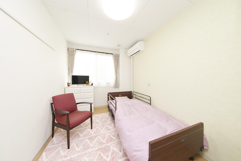 ホッと一息つけるプライベート空間の居室